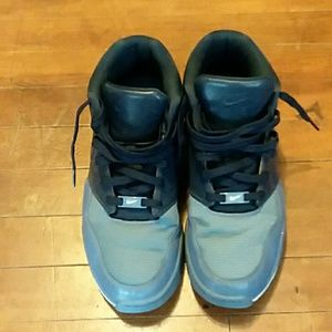 Nike mens shoes size 9